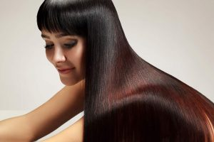 Natural Hair Dyes for healthy hair, image of woman with beautiful, glossy, healthy hair