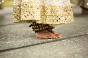 Pure henna on your feet helps feet stay cool in the heat