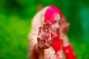 Rajasthani henna is known for its very strong henna dye stain
